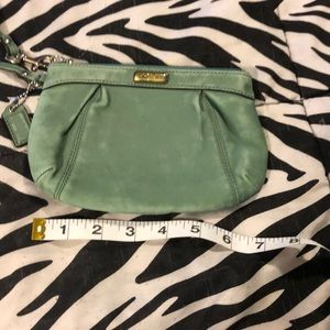 "COACH WOMEN MINT GREEN LARGE 7.5""x 5"" COIN PURSE"